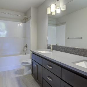 03 Bathroom (2)