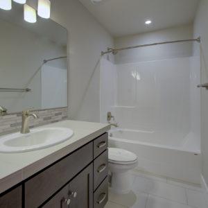 03 2nd Floor Bath