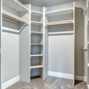 03 master Closet